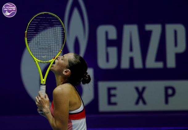 Roberta Vinci narrowly escaped from a loss today | Photo: WTA St. Petersburg Ladies Trophy