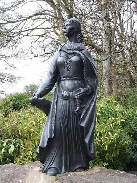Escultura de Grace O'Malley en Dublín | Foto: Joefuz en Flickr