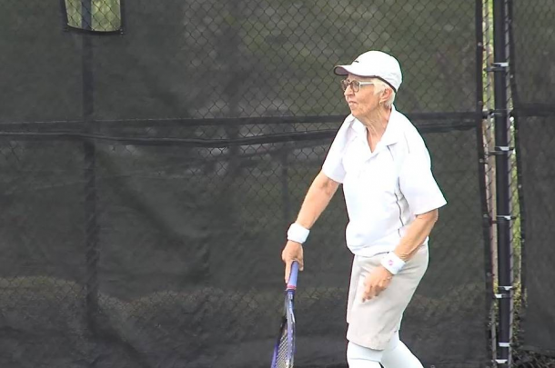 Gail Falkenberg during her second round match with Taylor Townsend, a match she would go on to lose in 36 minutes, winning just 12 points in the process. | Photo: John Rockett/WBMA-TV