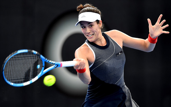 Muguruza was forced to retire in her opening match of the year | Photo: Bradley Kanaris/Getty Images AsiaPac