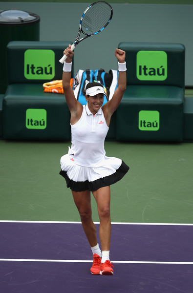 Garbine Muguruza celebrates the win | Photo: Julian Finney/Getty Images North America