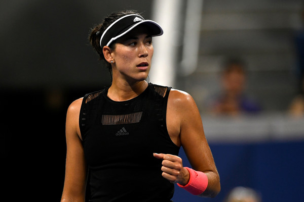 Muguruza led 2-0 and had several break points in the third game but failed to convert her chances | Photo: Sarah Stier/Getty Images North America