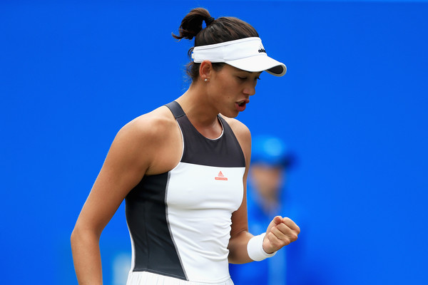 Garbine Muguruza celebrates winning a point in Birmingham | Photo: Ben Hoskins/Getty Images Europe