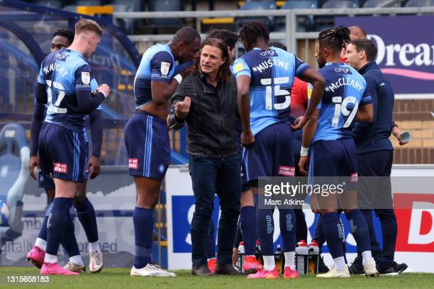Gareth Ainsworth managing his Wycombe side   Credit: Marc Atkins   Getty Images