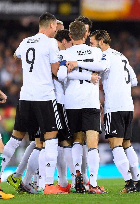 Selección alemana celebrando un gol. Foto: Die Mannschaft