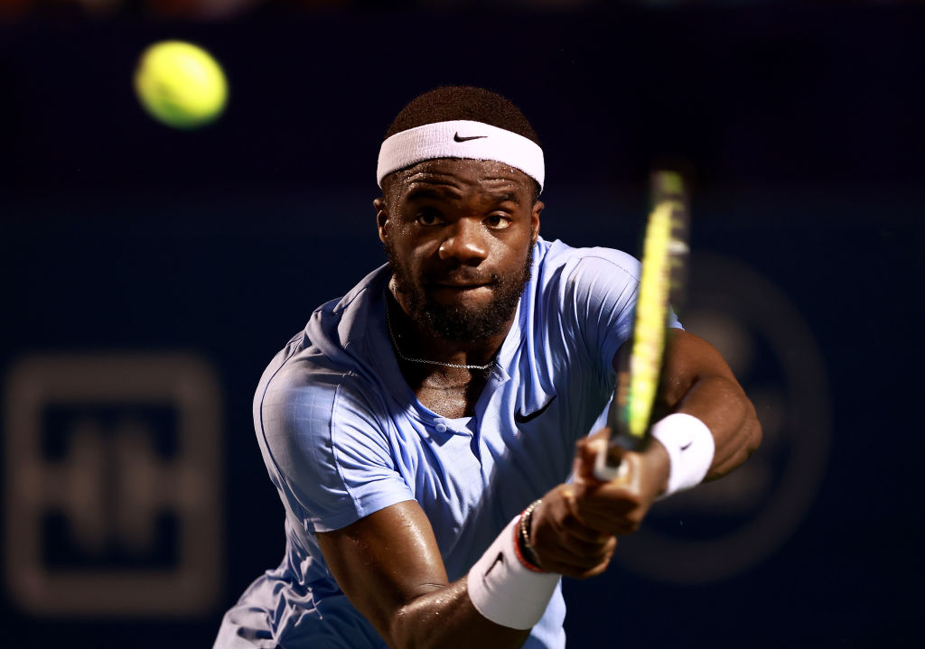 Tiafoe plays a backhand in his second-round victory over Murray in Winston-Salem/Photo: Grant Halverson/Getty Images