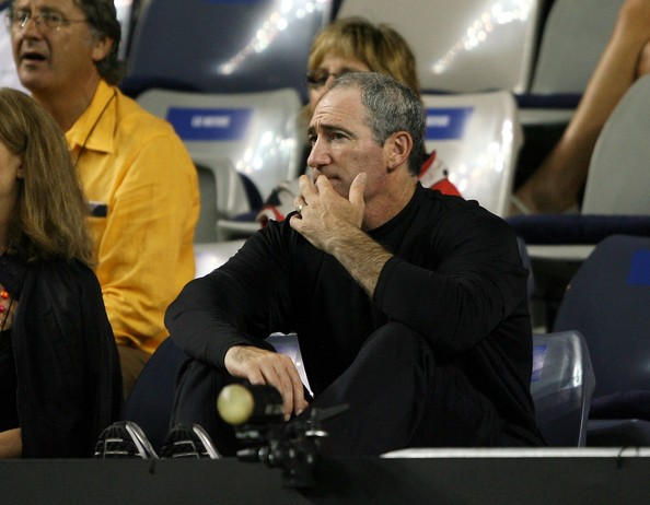 Brad Gilbert, one of the original supercoaches, watches one of Andy Murray's matches back in 2007. Photo: Clive Brunskill/Getty Images