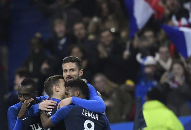 Giroud atingiu marca história ao marcar o 30º gol pela França (Foto: Reprodução/Equipe de France)