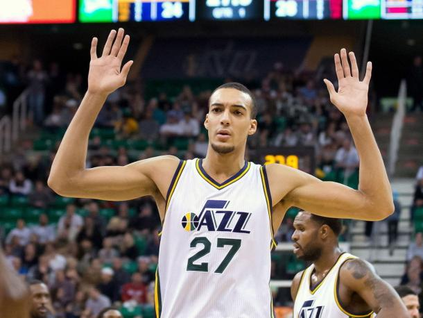 Rudy Gobert stands tall to make sure not to let get anything past him. Photo: Russ Isabella/USA-TODAY Sports