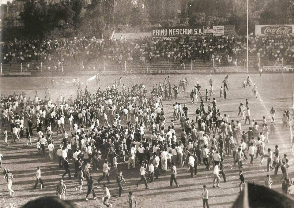Triunfo ante el eterno rival y festejos en el campo de juego. Foto: prensa Godoy Cruz.