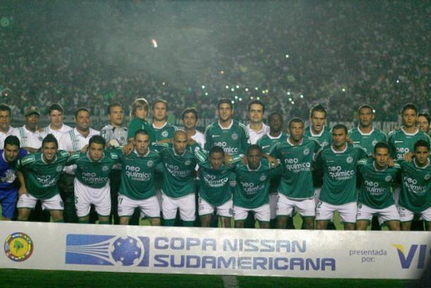 Pôster do Goiás na final da Sul-Americana em 2010 (Foto: Reprodução/Conmebol)