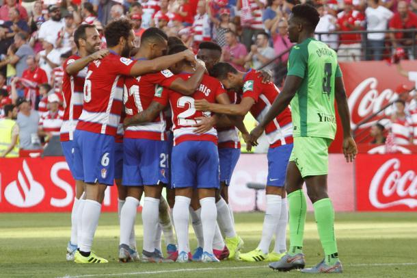 Celebración del gol del Granada | Foto: Antonio L . Juárez