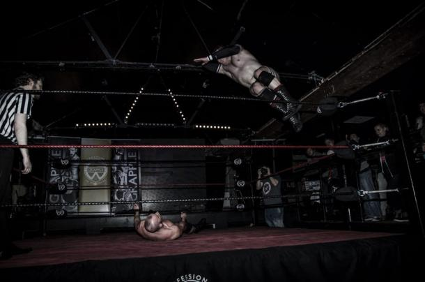 Graves battling for Grapple British Championship. Photo- Grapple Wrestling