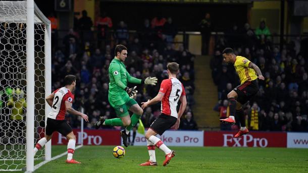 Gray descontó para el Watford | Fotoografía: Premier League