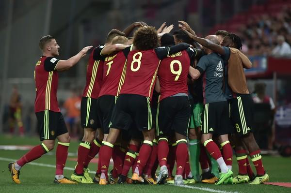 La plantilla belga celebra un gol ante Grecia. Foto: Getty Images