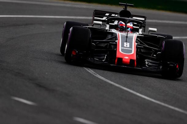 Com Magnussen em quinto e Grosjean (foto) em sexto, a Haas surpreendeu (Foto: Divulgação/Haas F1 Team)