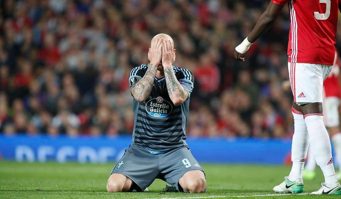 John Guidetti lamentándose de la oportunidad fallada en el último minuto / Foto: UEFA