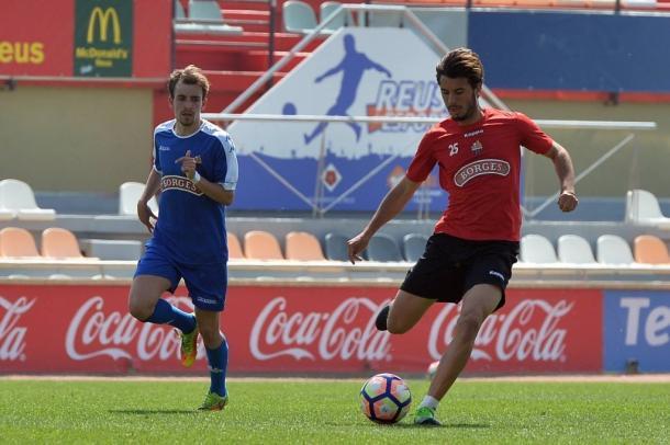 Rapahel Guzzo esta siendo uno de los fijos de Natxo Gonzalez en el once inicial. (Foto: CF Reus)
