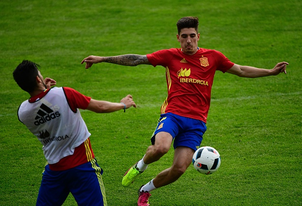Bellerin in action. | Image credit: PIERRE-PHILIPPE MARCOU/AFP/Getty Images