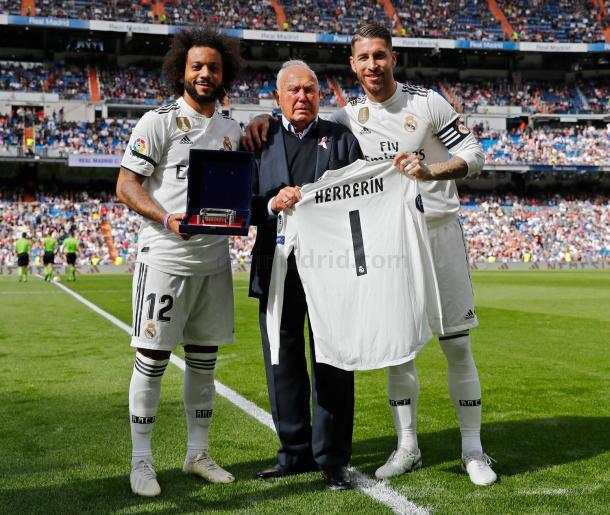 Homenaje a Herrerin en el Santiago Bernabeu. Foto: Real Madrid