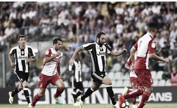 Higuaín em atuação pela Juve na pré-temporada (Foto: Divulgação/Juventus FC)