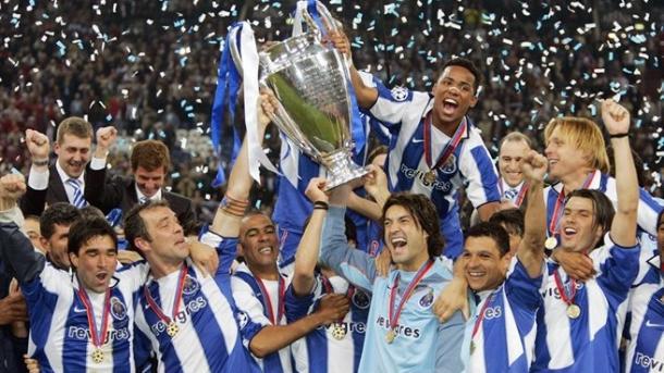 El FC Oporto levantando la Champions League | Foto: UEFA.com