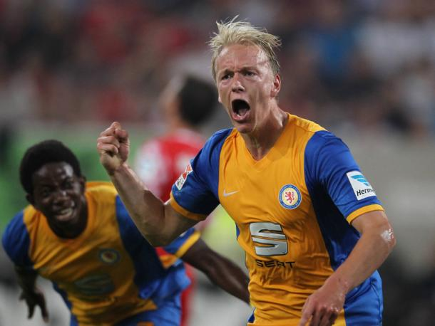 Nielsen celebrates a goal during his time with Braunschweig. (Image credit: kicker)