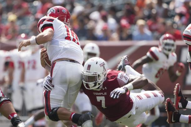 Haason Roddick (7) sacks Joe Carbone during week two of the college football season |Source: Mitchell Leff/Getty Images}