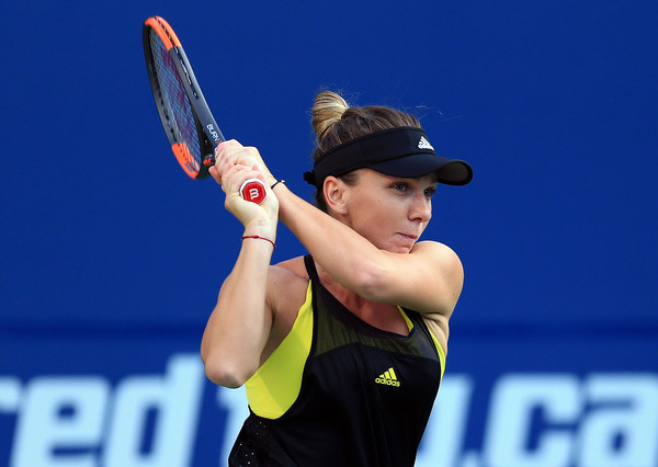 Halep follows through on a backhand. Photo: Vaughn Ridley/Getty Images