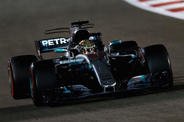 O campeão Hamilton encerrou o ano do tetra em segundo no GP (Foto: Mark Thompson/Getty Images)