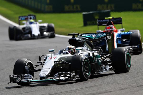 Lewis Hamilton foi o terceiro e não teve um prejuízo gigante na briga pelo campeonato (Foto: Mark Thompson/Getty Images)