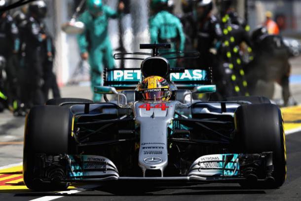 Lewis Hamilton foi o quarto e saiu de Hungaroring com grande desvantagem na tabela (Foto: Mark Thompson/Getty Images)