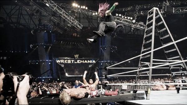 Jeff Hardy Breaking the ladder and Edge in half. Photo: mitchandal.wordpress.com