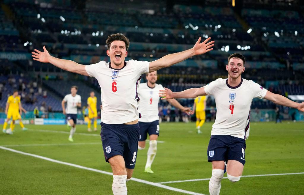 Harry Maguire celebrando su gol. Foto: @England vía Twitter