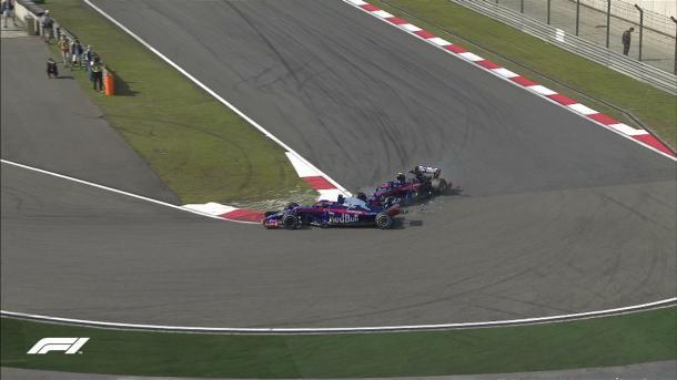 Acidente entre Hartley e Gasly mudou a prova (Foto: Reprodução/F1)