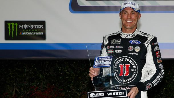 Kevin Harvick wins the Coors Light Pole Award | Picture Credit: nascar.com