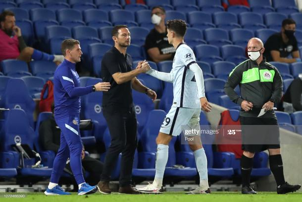 BRIGHTON, ENGLAND - SEPTEMBER 14: Kai Havertz of Chelsea shakes hands with Frank Lampard, Manager of Chelsea as he is substituted during the Premier League match between Brighton & Hove Albion and Chelsea at American Express Community Stadium on September 14, 2020 in Brighton, England. (Photo by Peter Cziborra/Pool via Getty Images)