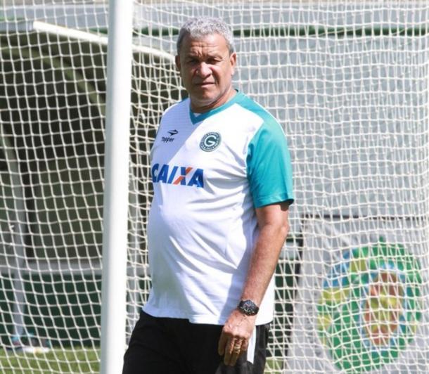 Hélio destacou campanha do Avaí na CdB até agora (Foto: Rosiron Rodrigues/Goiás EC)