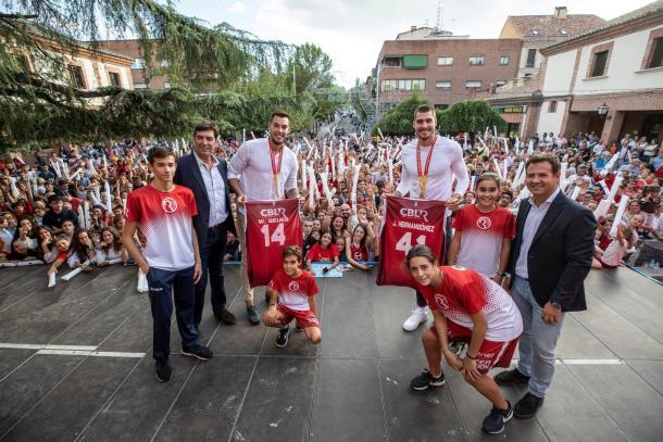 Willy y Juancho son homenajeados en Las Rozas | Fuente: CBLR