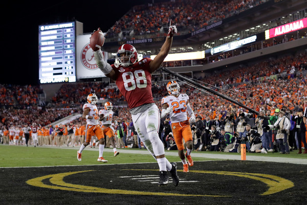 Howard's 68-yard touchdown reception appeared to put Alabama in complete control of the title game/Photo: Jamie Squire/Getty Images
