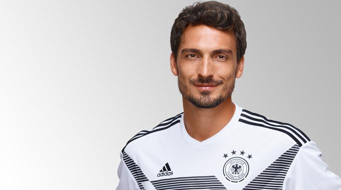 Hummels con la camiseta de Alemania. FUENTE: DFB