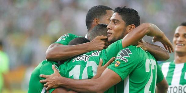 Luis Carlos Ruíz marcó el gol del último Huila-Nacional en Neiva, tras el tanto salió lesionado. | Foto: AS