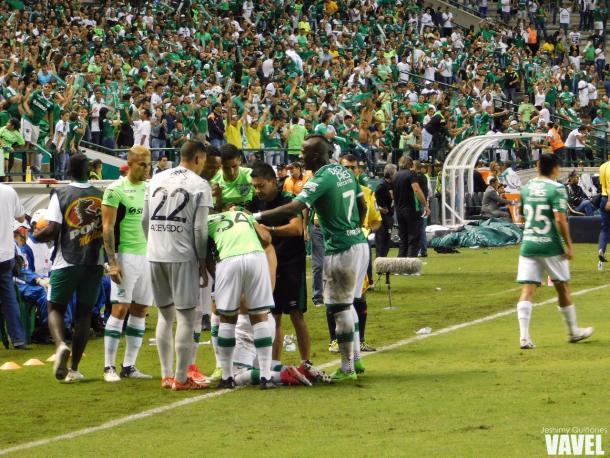 Celebración del gol de Benedetti Foto: Jeshimy Quiñones- VAVEL