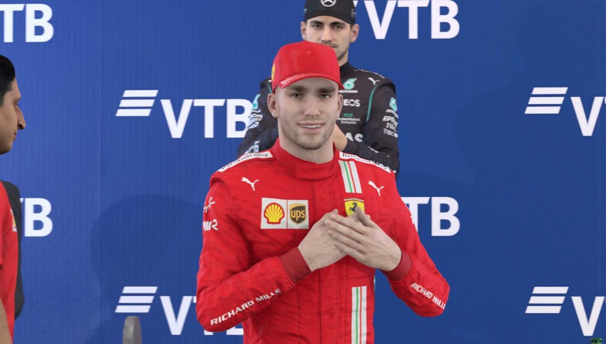 <strong><a href='https://vavel.com/ar/automovilismo/2021/08/19/1082787-el-tricampeon-se-impuso-en-bahrein.html'>Federico Mileta</a></strong> festejando su segundo podio: Foto Fede Mileta