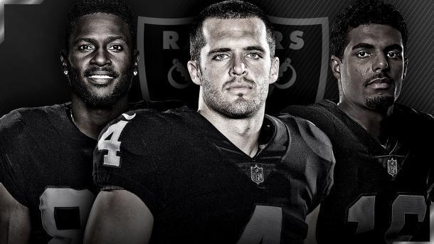 La presentación de Raiders y sus figuras: Antonio Brown, Derek Carr y Tyrell Williams // Foto: Oakland Raiders