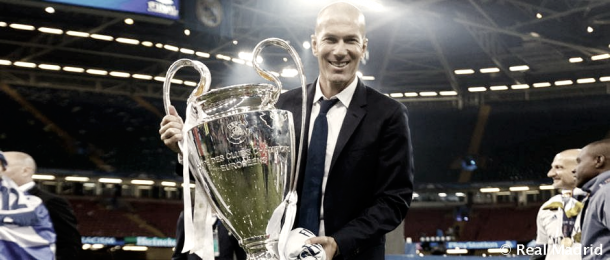 Zinedine Zidane disfruta de su tercera Champions | Foto: Real Madrid C.F.