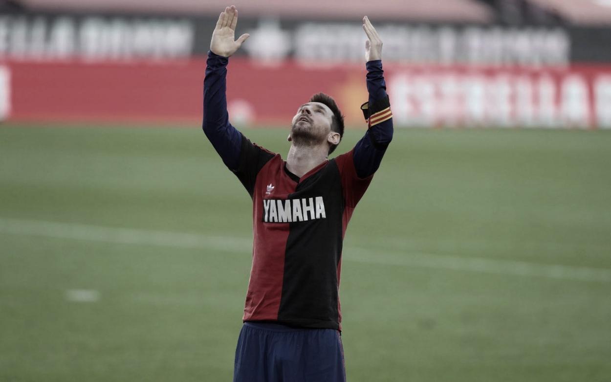 Leo Messi dedicando su gol a Maradona. Foto: fcbarcelona.cat