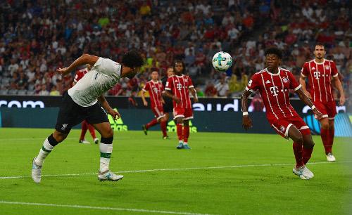Salah anota un tanto ante el Bayern de Múnich. | Imagen: Liverpool FC