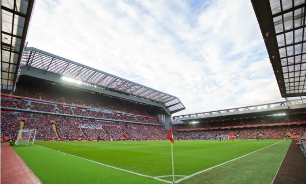 La nueva Main Stand de Anfield en el primer encuentro de la pasada campaña. | Imagen: Liverpool FC