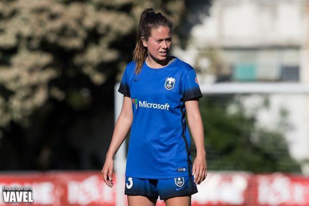 Co-captain Lauren Barnes, the 2016 Best Defender of the Year  | Source: Brandon Ferris - VAVEL USA